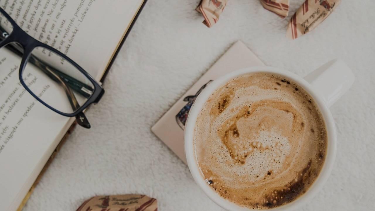 Tea vs Coffee me kiska sevan kare